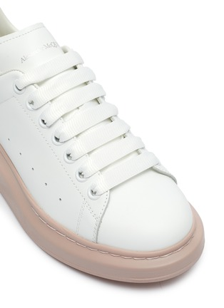 Detail View - Click To Enlarge - ALEXANDER MCQUEEN - 'Oversized Sneaker' in leather with contrast outsole