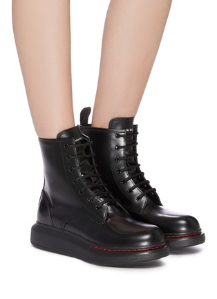 Figure View - Click To Enlarge - ALEXANDER MCQUEEN - 'Oversized Combat Boot' in leather