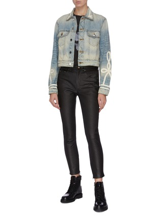 Figure View - Click To Enlarge - AMIRI - Knot embroidered denim trucker jacket