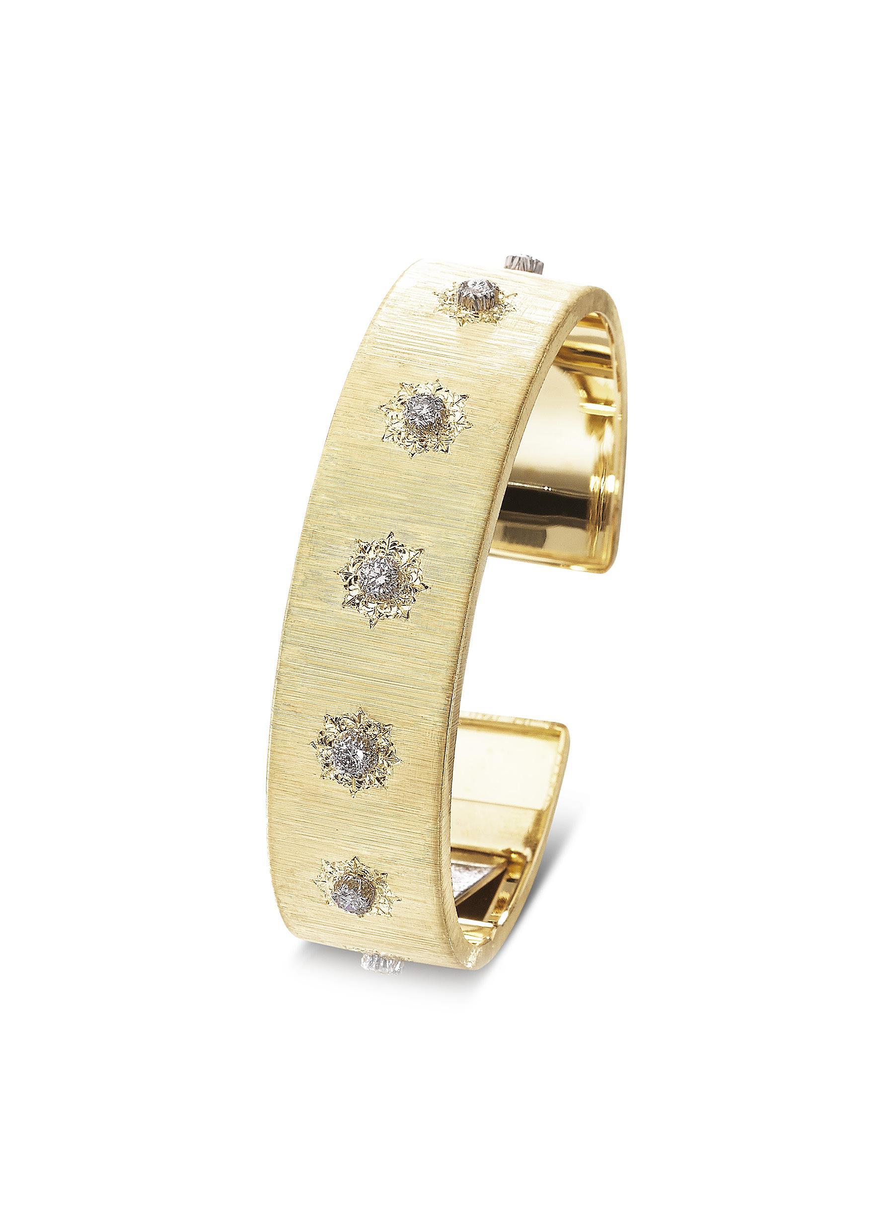 'Macri' diamond yellow gold cuff