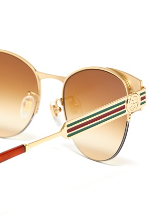 Detail View - Click To Enlarge - GUCCI - Web stripe temple metal round sunglasses