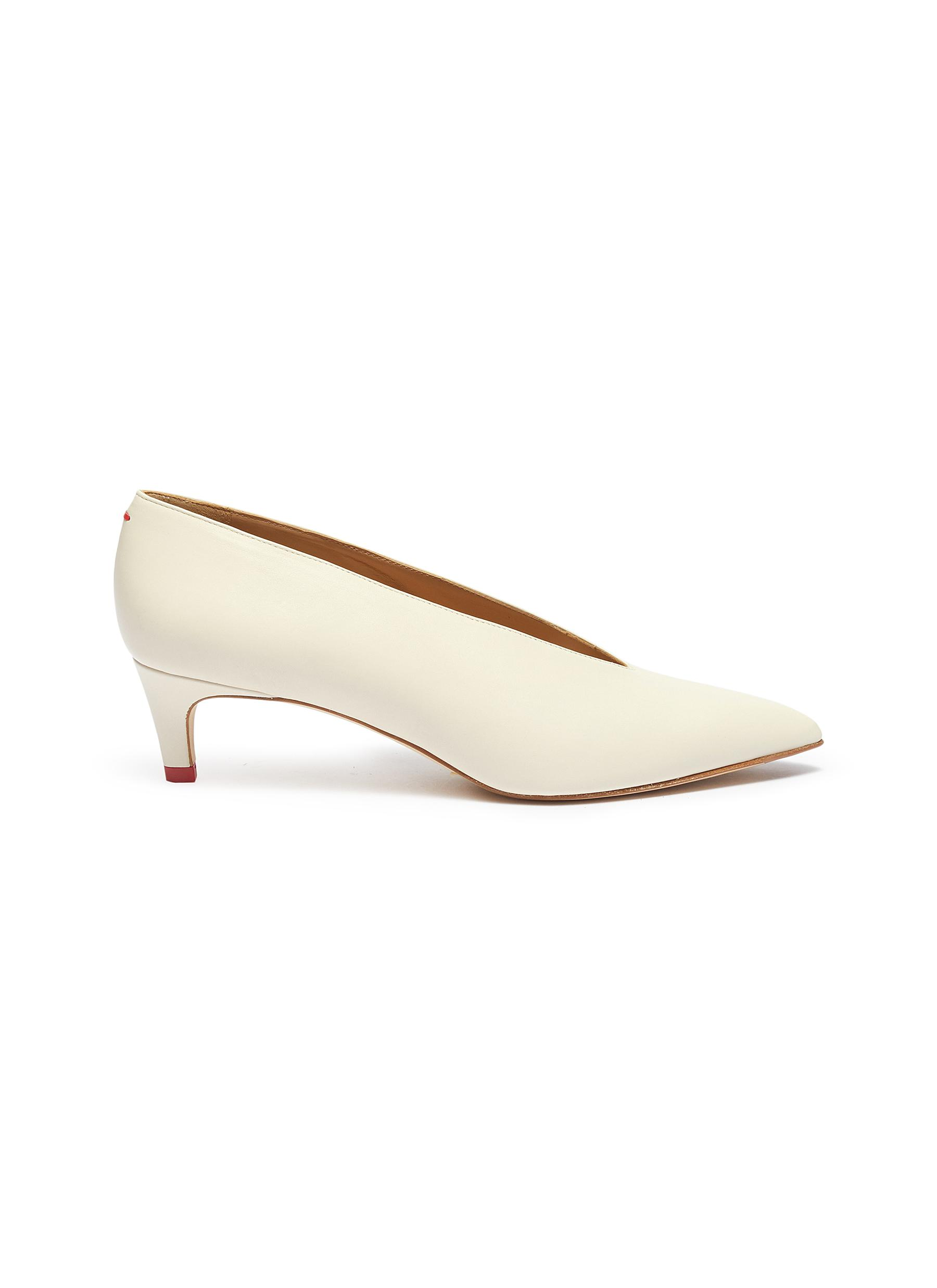 Camilla choked-up leather pumps by Aeyde