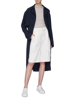 Figure View - Click To Enlarge - VINCE - Belted oversized cotton-linen shorts