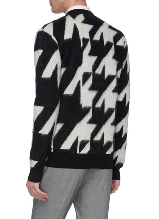 Back View - Click To Enlarge - ALEXANDER MCQUEEN - Geometric jacquard houndstooth cardigan