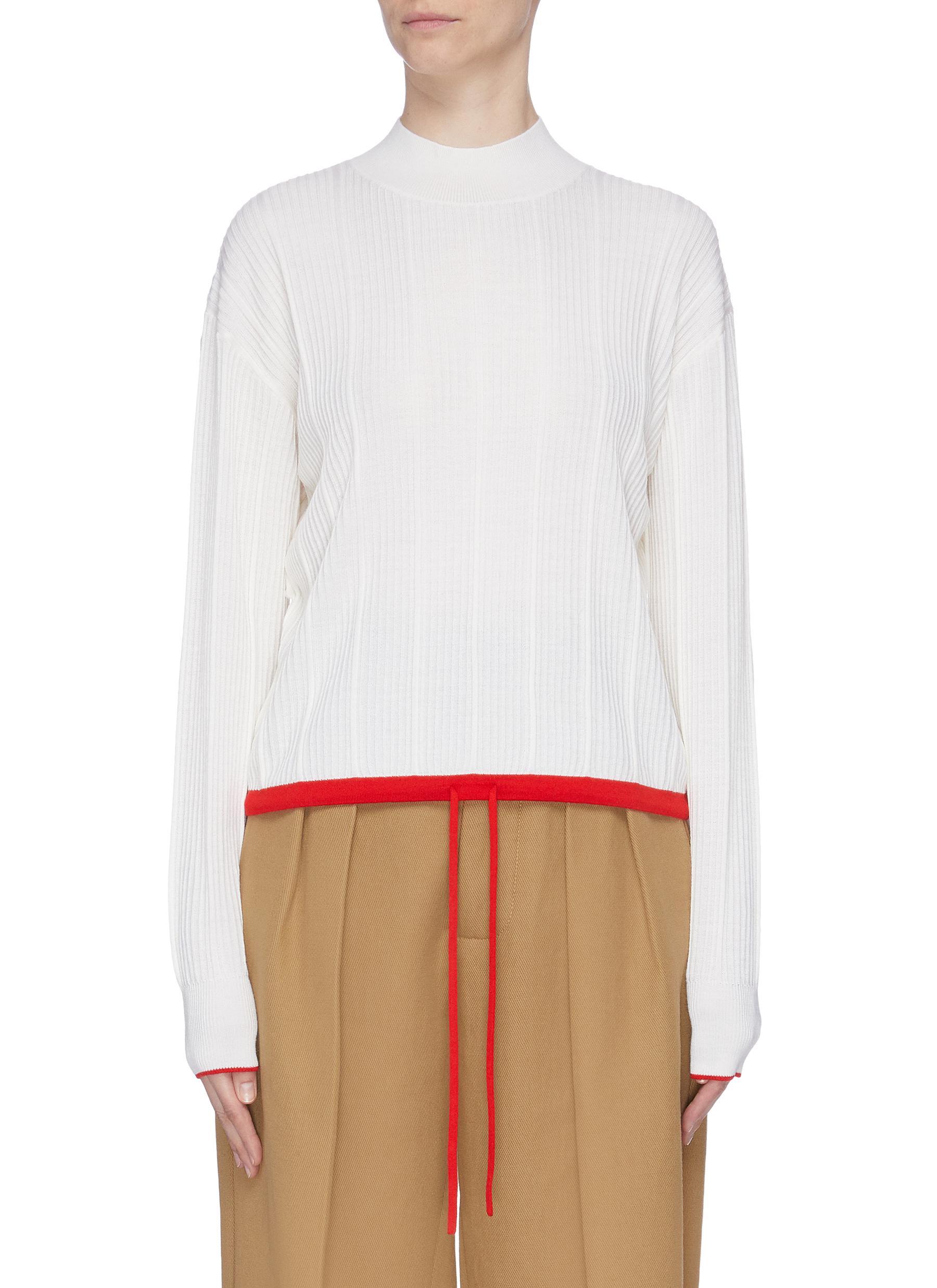 Contrast drawstring rib knit turtleneck hem sweater by Comme Moi