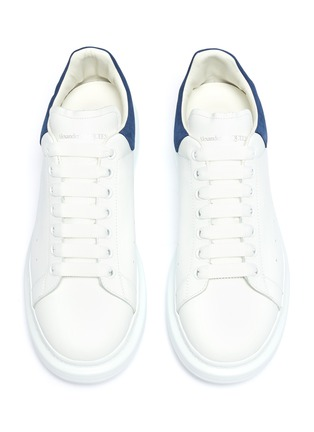 Detail View - Click To Enlarge - ALEXANDER MCQUEEN - 'Oversized Sneakers' in leather with suede collar