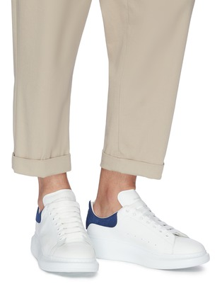 Figure View - Click To Enlarge - ALEXANDER MCQUEEN - 'Oversized Sneakers' in leather with suede collar