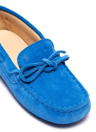 Detail View - Click To Enlarge - TOD'S - 'Gommini' tie suede toddler driving shoes