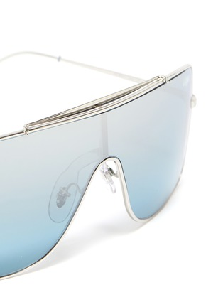 Detail View - Click To Enlarge - RAY-BAN - 'Wings II' metal one-piece aviator sunglasses