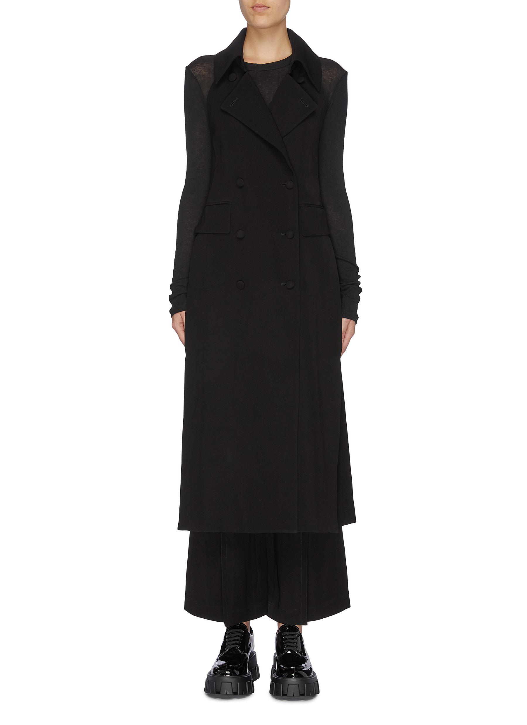 Sleeveless trench coat by Sans Titre