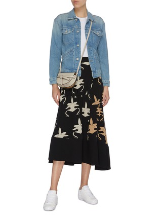 Figure View - Click To Enlarge - MOTHER - 'The Shrunken Mountain Drifter' graphic embroidered denim jacket