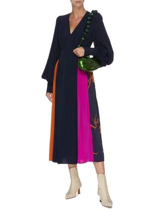 Figure View - Click To Enlarge - ROKSANDA - 'Teruko' bishop sleeve colourblock drape dress
