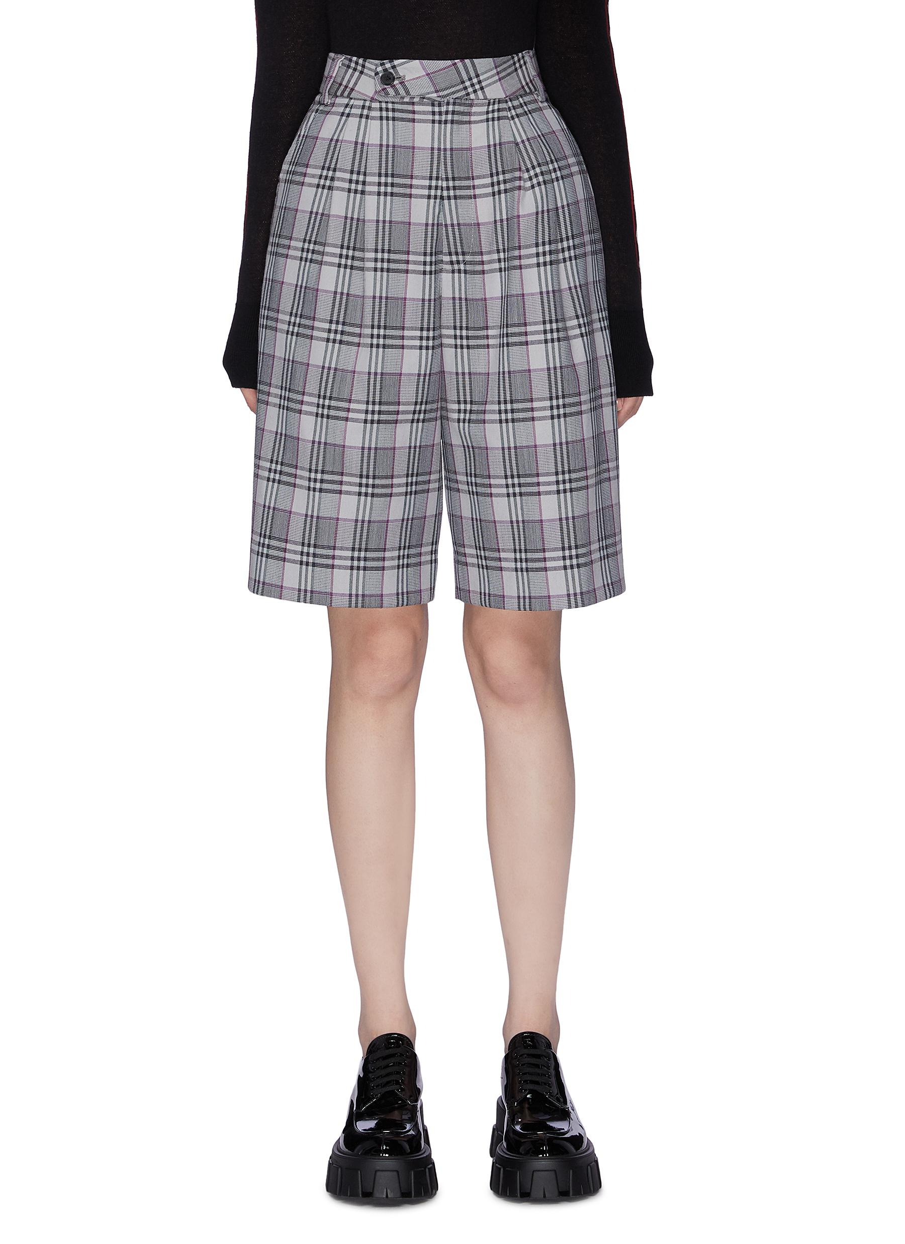 Andres check plaid shorts by Snow Xue Gao