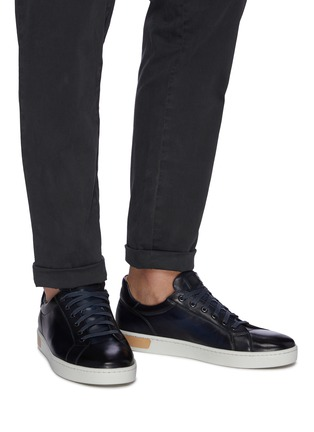 Figure View - Click To Enlarge - MAGNANNI - Leather sneakers