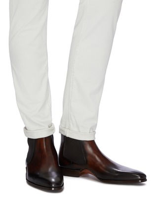 Figure View - Click To Enlarge - MAGNANNI - Stitched leather Chelsea boots