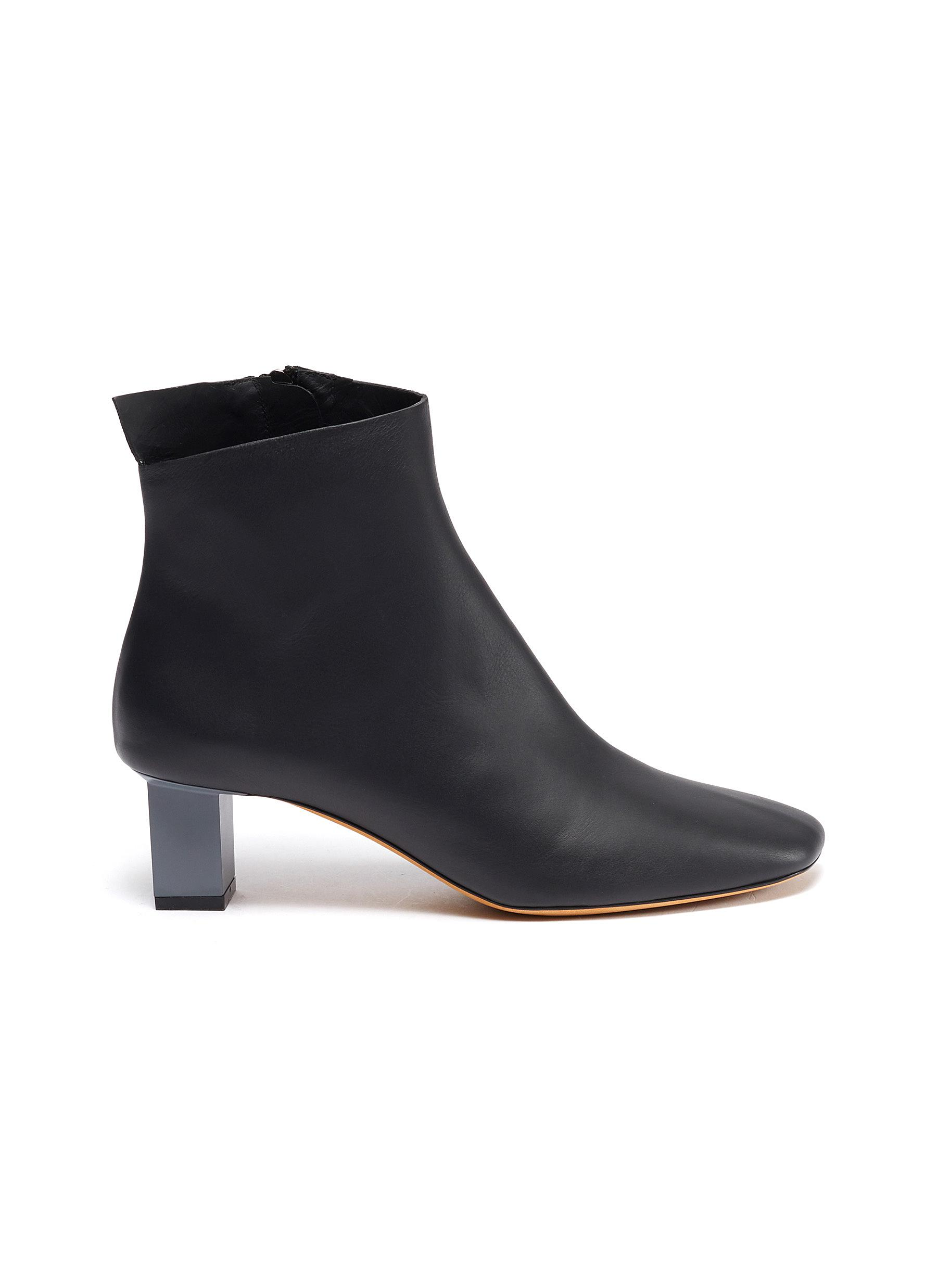 Solitario cube heel leather ankle boots by Gray Matters