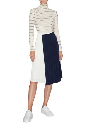 Figure View - Click To Enlarge - VINCE - Ribbed stripe turtleneck top