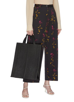 Figure View - Click To Enlarge - GELAREH MIZRAHI - Python leather tote