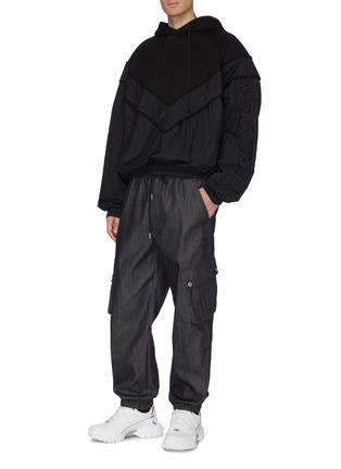 Figure View - Click To Enlarge - JUUN.J - Contrast nylon panelled hoodie