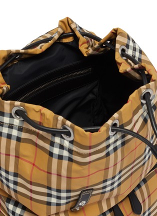 Detail View - Click To Enlarge - BURBERRY - 'The Large Rucksack' in Vintage check