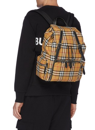 Figure View - Click To Enlarge - BURBERRY - 'The Large Rucksack' in Vintage check