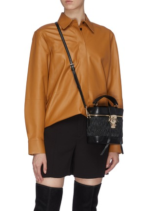 Front View - Click To Enlarge - MIU MIU - Matelassé leather panel top handle camera bag