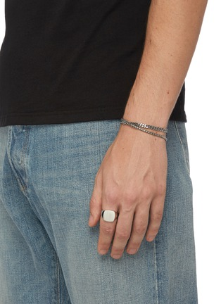 Figure View - Click To Enlarge - TOM WOOD - 'Cushion Satin' silver signet ring – Size 60