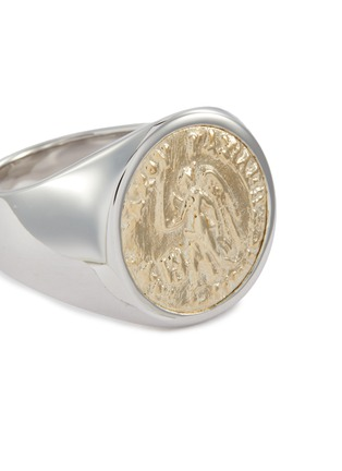 Detail View - Click To Enlarge - TOM WOOD - 'Coin Angel' 9k yellow gold silver signet ring – Size 56