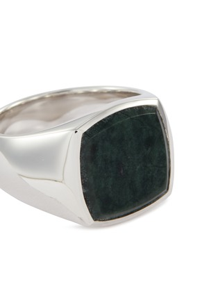 Detail View - Click To Enlarge - TOM WOOD - 'Cushion Green Marble' silver signet ring – Size 54