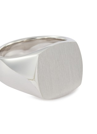 Detail View - Click To Enlarge - TOM WOOD - 'Cushion Satin' silver signet ring – Size 54