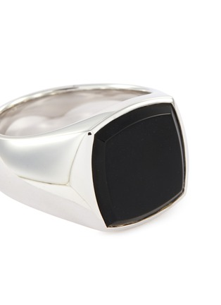 Detail View - Click To Enlarge - TOM WOOD - 'Cushion Onyx' silver signet ring – Size 56