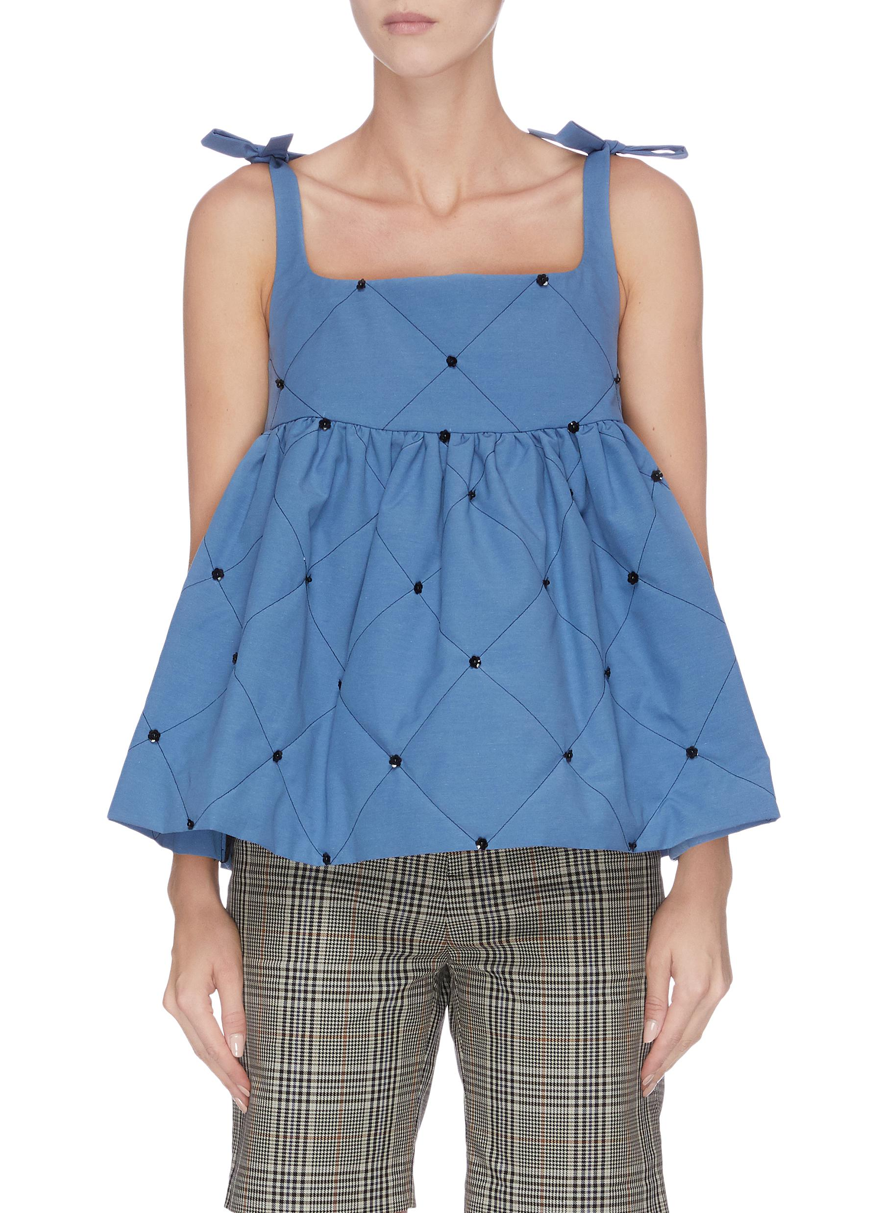 Diamond pattern sleeveless embellished top by Märchen