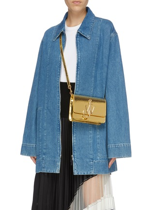 Figure View - Click To Enlarge - JW ANDERSON - 'Logo' plate mini leather crossbody bag