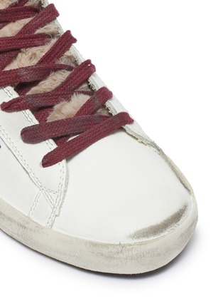 Detail View - Click To Enlarge - GOLDEN GOOSE - 'Francy' fur tongue contrast laces star print sneakers