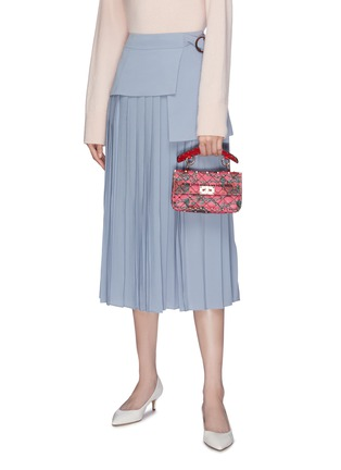 Front View - Click To Enlarge - VALENTINO - 'Rockstud Spike' rose print small quilted leather shoulder bag