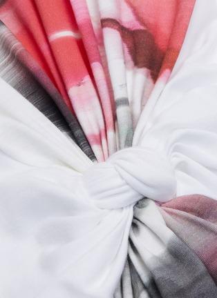 - ALEXANDER MCQUEEN - Twist front drape panel rose print tank top