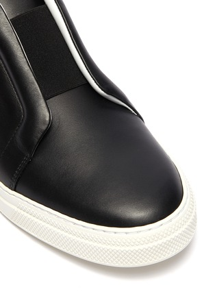 Detail View - Click To Enlarge - PIERRE HARDY - 'Slider' elastic band leather slip-on sneakers