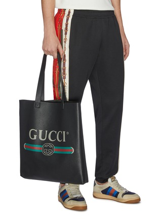 Figure View - Click To Enlarge - GUCCI - Logo print leather tote bag