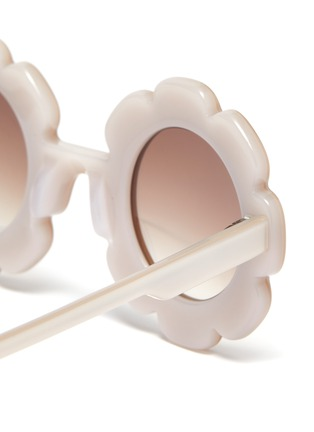 Detail View - Click To Enlarge - SONS + DAUGHTERS - 'Pixie' acetate flower frame kids sunglasses