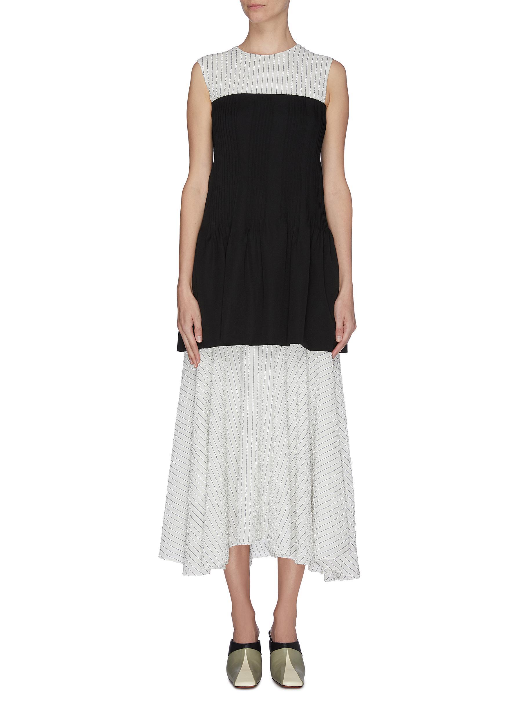 shop Nina Ricci Sleeveless bodice flare midi dress online