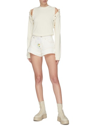 Figure View - Click To Enlarge - JW ANDERSON - Flared cuff contrast topstitch mini shorts