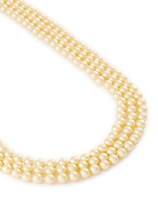 Detail View - Click To Enlarge - LANE CRAWFORD VINTAGE ACCESSORIES - Pearl chain diamanté clasp 3 strand necklace