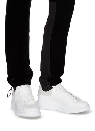 Figure View - Click To Enlarge - ALEXANDER MCQUEEN - 'Larry' panel counter perforated leather sneakers