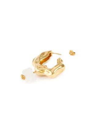 Detail View - Click To Enlarge - JOANNA LAURA CONSTANTINE - 'Feminine Waves' hoop earrings