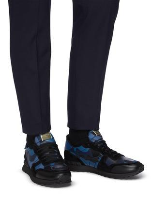 Figure View - Click To Enlarge - VALENTINO - Valentino Garavani Rockstud camo print sneakers