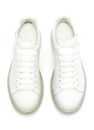 Detail View - Click To Enlarge - ALEXANDER MCQUEEN - 'Oversized sneaker' in larry with holographic tab
