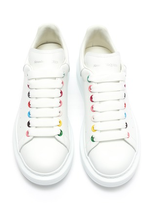 Detail View - Click To Enlarge - ALEXANDER MCQUEEN - 'Larry' rainbow eyelet oversized sneakers