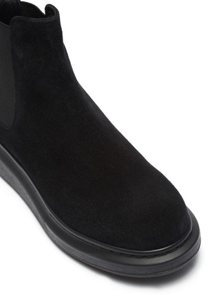 Detail View - Click To Enlarge - ALEXANDER MCQUEEN - Oversized suede chelsea boots