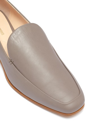 Detail View - Click To Enlarge - NICHOLAS KIRKWOOD - 'Casati' faux pearl heel leather moccasins