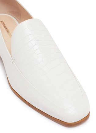 Detail View - Click To Enlarge - NICHOLAS KIRKWOOD - 'Casati' faux pearl heel moccasins